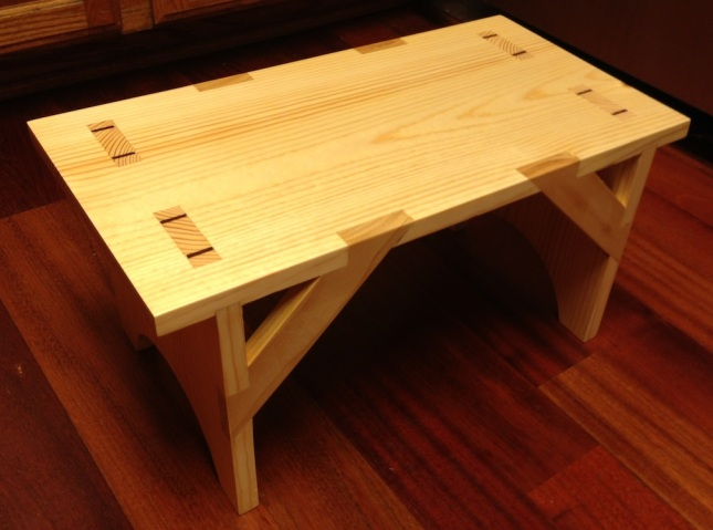 Shaker Bench Pattern absolutely free woodworking plans | kcjoanhn
