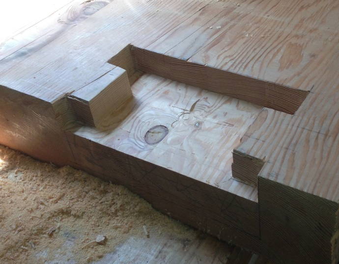Main cavity cleared, time to grab a chisel and attach the recess for the inner face of the vise